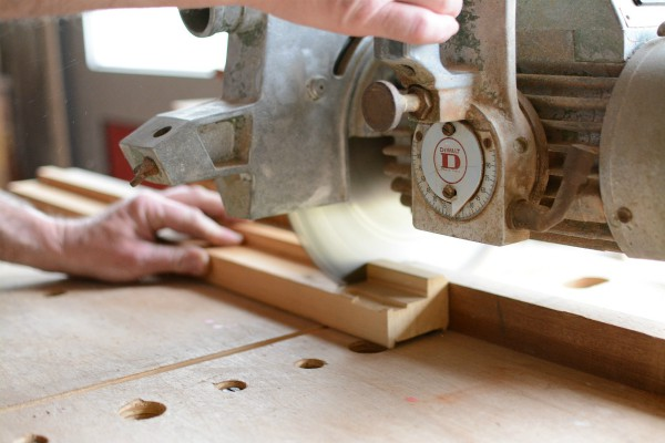 Radial_arm_saw_600x400.jpg