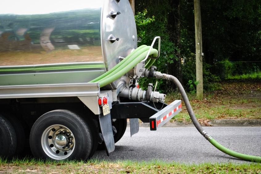 Septic_Truck_56387908_s.jpg